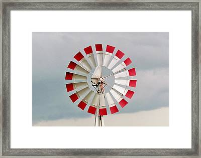 Framed Print featuring the photograph Red And White Windmill by Cynthia Guinn