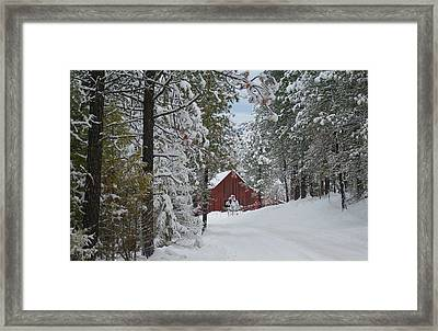 Red Barn 1 Framed Print