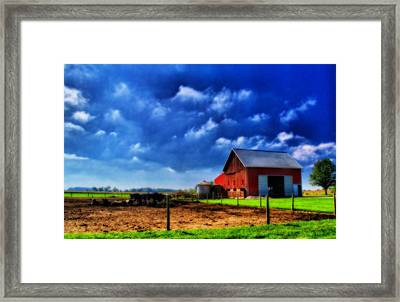 Red Barn And Cows In Ohio Framed Print by Dan Sproul