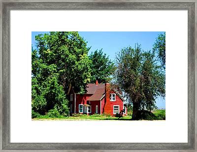 Red Barn And Trees Framed Print by Matt Harang