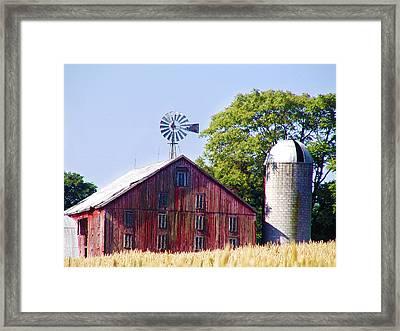 Red Barn In Gettysburg Framed Print