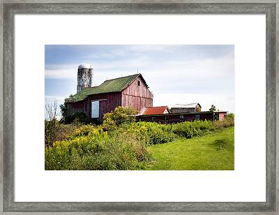 Red Barn In Groton Framed Print by Gary Heller