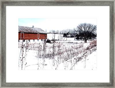 Red Barn In Winter Framed Print by Gemblue Photography