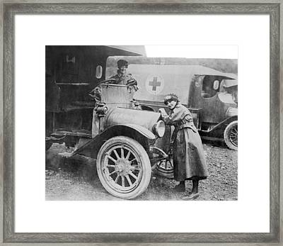 Red Cross Ambulances, World War I Framed Print by Science Photo Library