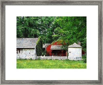 Red Farm Shed Framed Print by Susan Savad