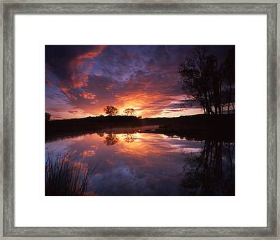 Red Glow In The Morn Framed Print by Ray Mathis