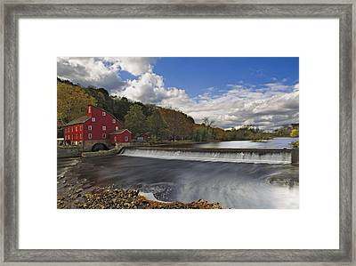 Red Mill At Clinton New Jersey Framed Print by Susan Candelario