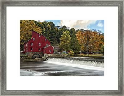 Red Mill At Clinton Framed Print by Susan Candelario