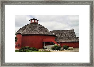 Red Round Barn Framed Print by Dan Sproul