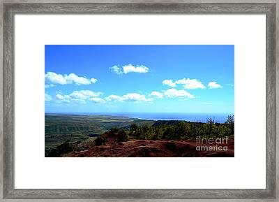 Red To Blue Kauai Framed Print by Greg Cross