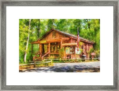 Red Top Visitors Center Framed Print by Daniel Eskridge