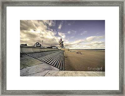 Redcar Beach  Framed Print by Rob Hawkins