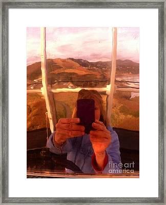 Reflect Back  Framed Print by Susan Garren