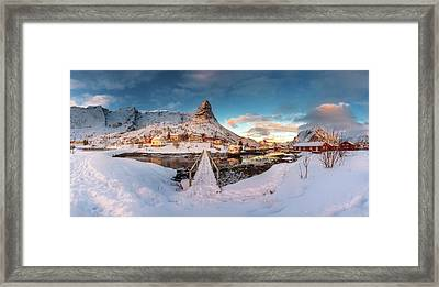Reine Framed Print