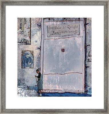 Religia Fundamentismo Framed Print by Ted Guhl