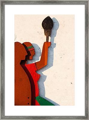 Republic Sculpture In Ourem Framed Print by Luis Alvarenga