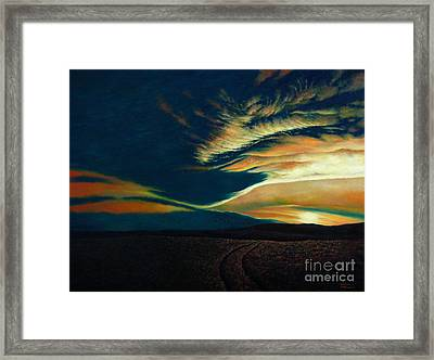 Returning To Tuscarora Mountain Framed Print by Christopher Shellhammer
