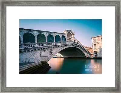 Rialto Bridge In The Morning - Venice - Italy Framed Print