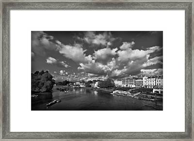 Richmond Riverside Framed Print by Maj Seda