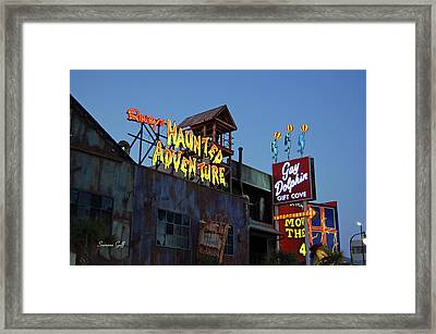 Ripleys Haunted Adventure And The Gay Dolphin-myrtle Beach South Carolina Framed Print by Suzanne Gaff