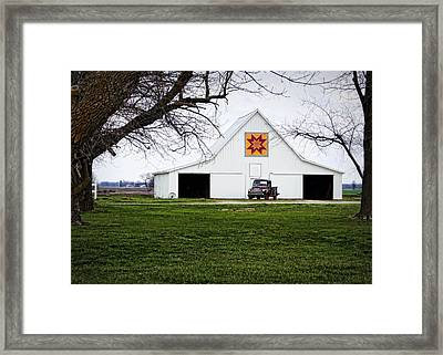 Rising Star Quilt Barn Framed Print