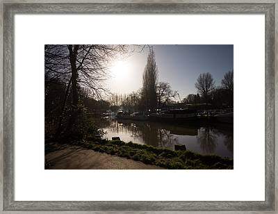 River Medway In Kent Framed Print by Dawn OConnor