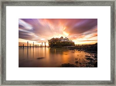 River Thames Ship Wreck Framed Print by Ian Hufton