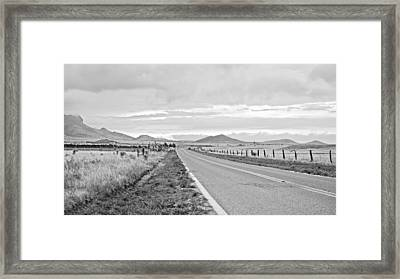 Road To Elgin Framed Print by Swift Family