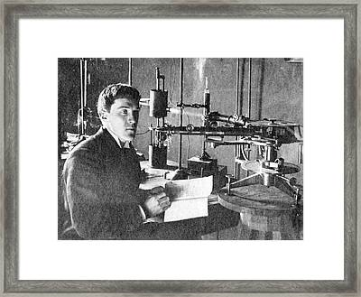 Robert Wood With A Spectroscope Framed Print by Emilio Segre Visual Archives/american Institute Of Physics