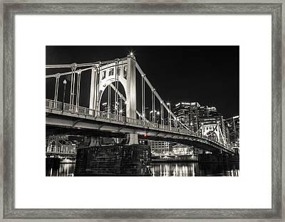 Roberto Clemente Bridge Framed Print