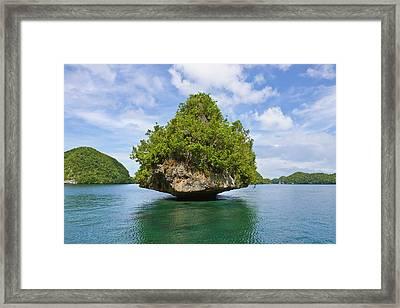 Rock Islands, Palau, Micronesia Framed Print by Keren Su