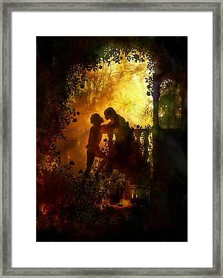 Romeo And Juliet - The Love Story Framed Print