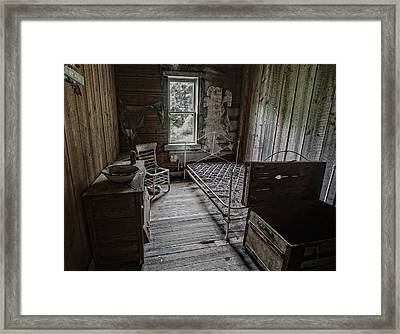 Room At The Wells Hotel - Montana Framed Print by Daniel Hagerman