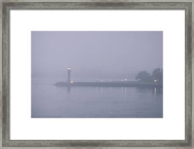 Roosevelt Island In Fog Framed Print
