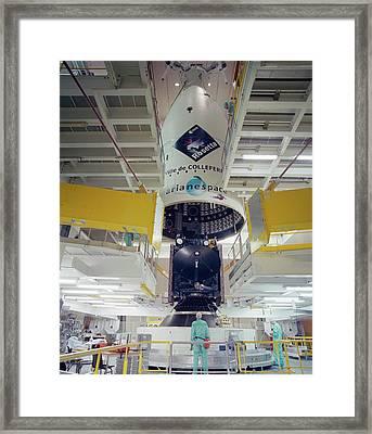 Rosetta Spacecraft Framed Print by Esa/cnes/arianespace - Service Optique