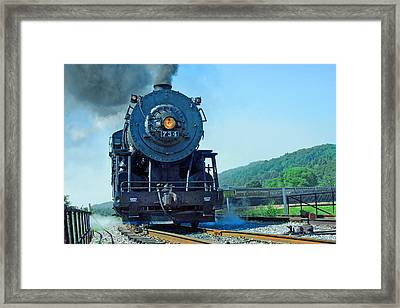 Framed Print featuring the photograph Rounding The Bend by Mike Flynn