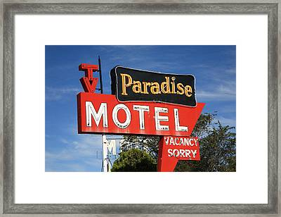 Route 66 - Paradise Motel Framed Print by Frank Romeo