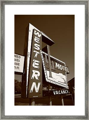 Route 66 - Western Motel 4 Framed Print by Frank Romeo