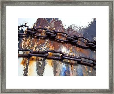 Rusted Links Framed Print by Fran Riley