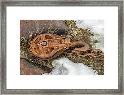 Rusty Pulley And Chain Framed Print by Sue Smith