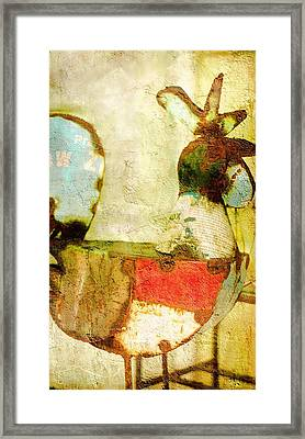 Rusty Rooster Cock Of The Walk  Framed Print