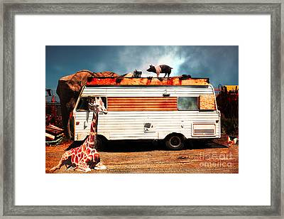 Rv Trailer Park 5d22705 Framed Print by Wingsdomain Art and Photography