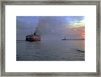 S S Badger Leaving Ludington At Sunset Framed Print by Dave Zuker