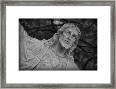 Sacred Heart Of Jesus - Bw Framed Print