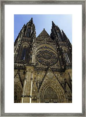 Saint Vitus Cathedral. Framed Print by Fernando Barozza