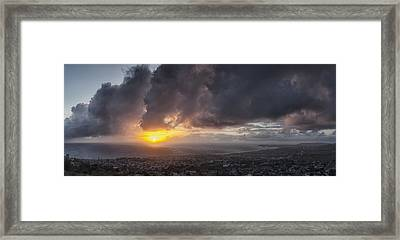 Salvador Sunset Framed Print by Gary Zuercher