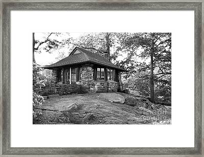 Sarah Lawrence College Teahaus Framed Print by University Icons