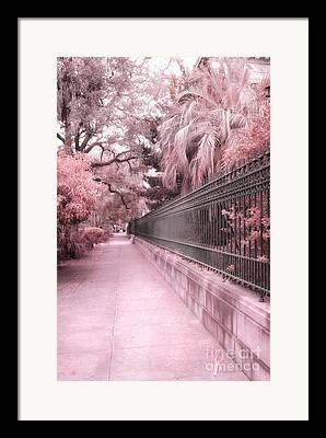 Savannah Street Scenes Framed Prints