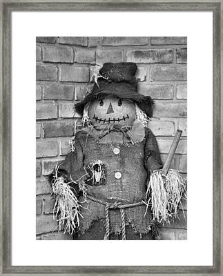 Scarecrow Framed Print by Dan Sproul
