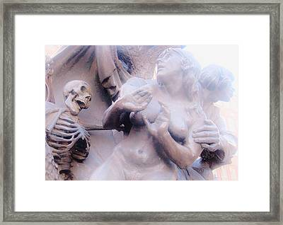 Scared To Death Framed Print by Sharon Costa